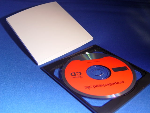 EvPAK O-Card for a Single (1) Disc is an easy to assemble entirely unique package you can use for your next creative project.