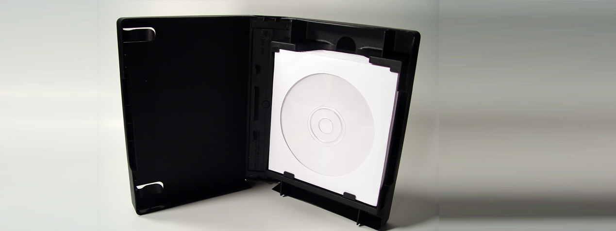 ACE Folio can hold 1-15 sleeved discs easily.